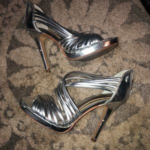 Chinese Laundry silver strappy heels